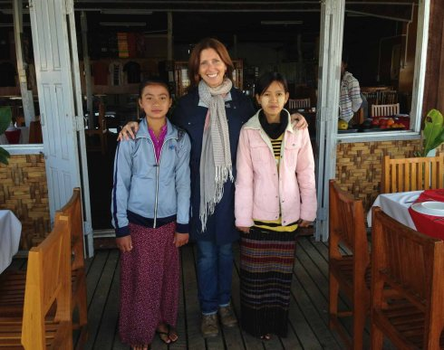 Geso and her sister at Inle Lake